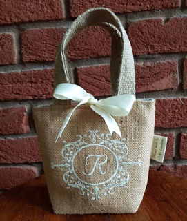 How to make this quick and cute Gift Bag