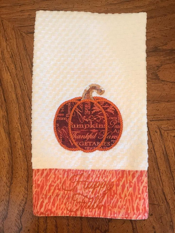 Bevs Free In the hoop Pumpkin Towel