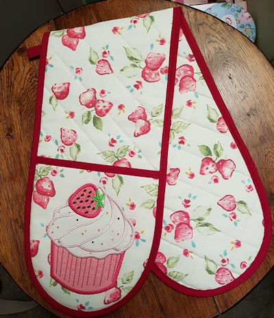 Cupcake Oven Gloves