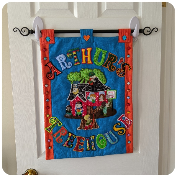 Claires Boy Tree House Wall Hanging