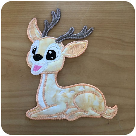 Large Applique Deer by Kreative Kiwi - 450
