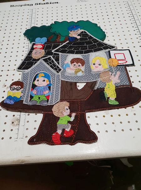 Applique Boy Treehouse