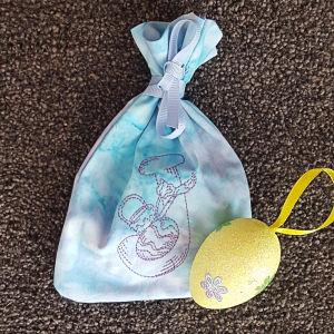 Free In the hoop Easter Giftbag