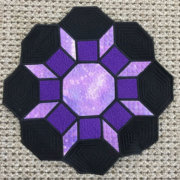 Octagon Placemat made In the hoop