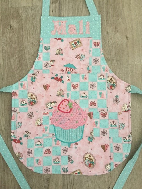 How to make a Childs Apron -1