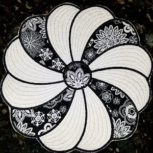 Black and White Swirly Placemat