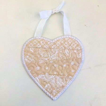 How to make In the hoop Scrappy Heart Coaster