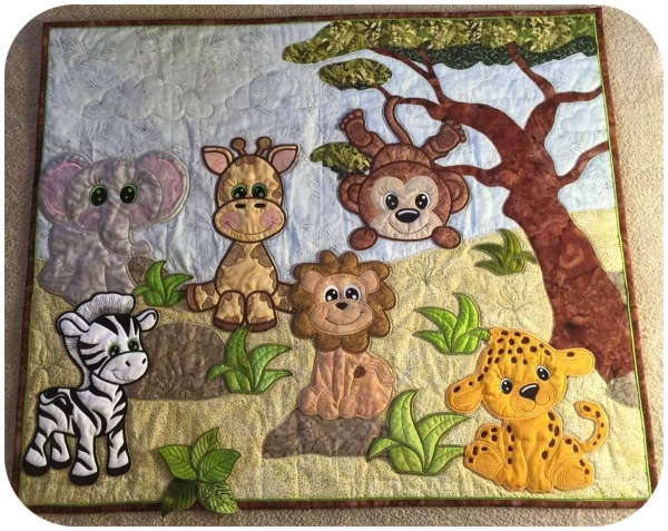 IW - Margaret - Jungle Animal Quilt - 600
